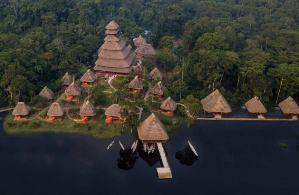 Amazon Wildlife Lodge & Colonial Quito