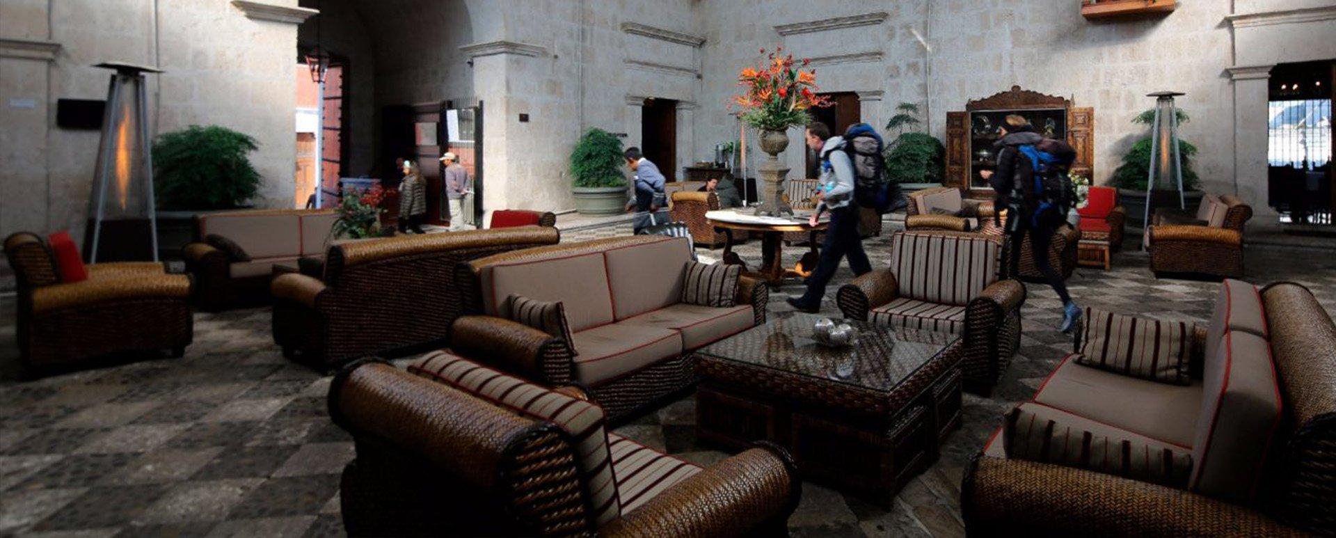 Casa Andina Premium Arequipa lounge