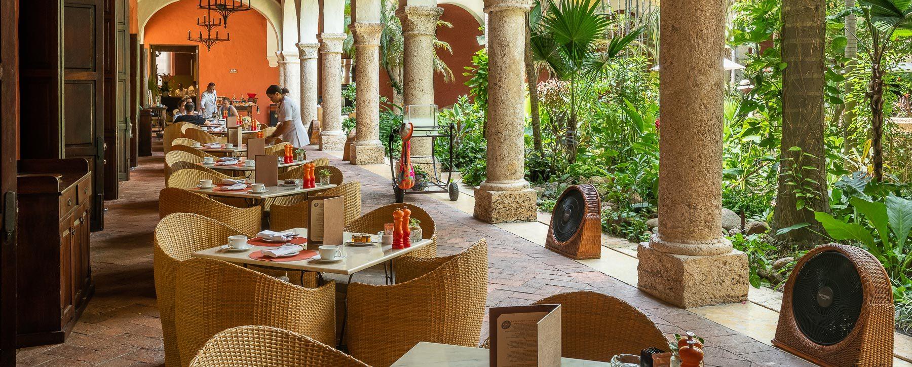 Colonial breakfast Santa Clara Hotel