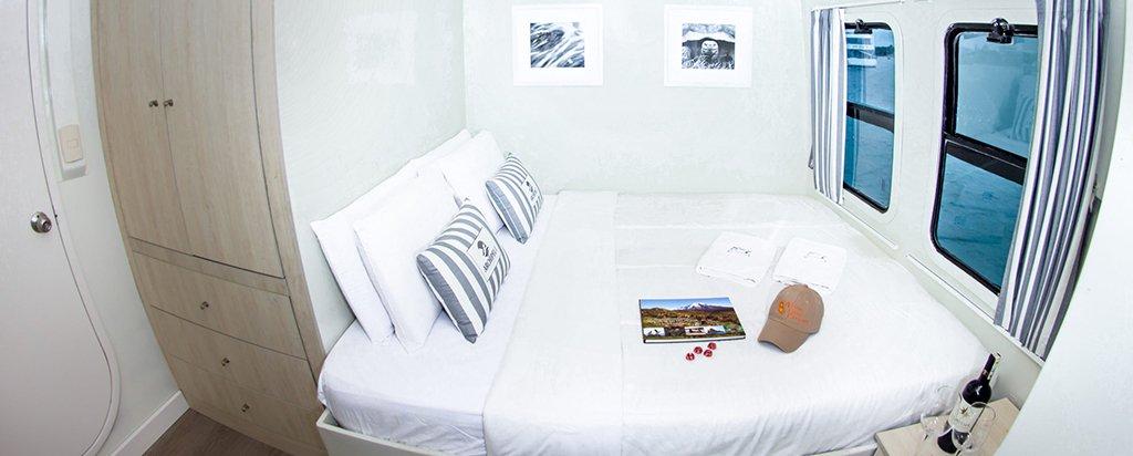 Galapagos Cruise Archipell I Catamaran Couple Cabin
