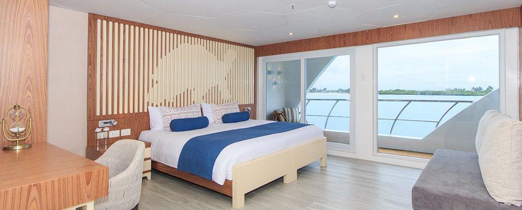 Galapagos Cruise Elite Catamaran Golden Suite Cabin