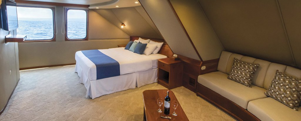 Galapagos Cruise Integrity Yacht Owner's Suite Couple Cabin