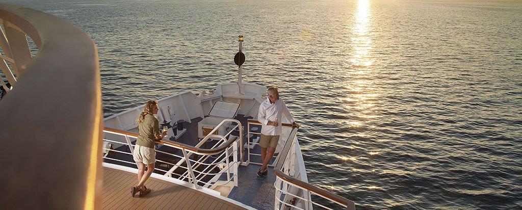 Galapagos Cruise La Pinta Yacht Bridge
