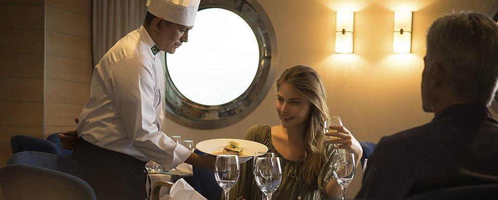 Galapagos La Pinta Yacht Main Deck Dining