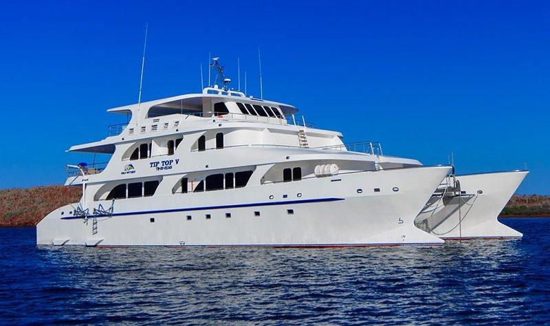 Galapagos Tip Top V Catamaran Exterior