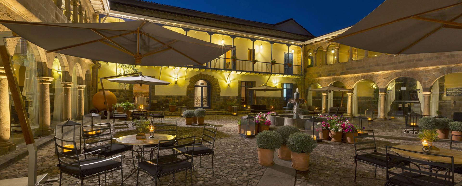Palacio del Inka courtyard