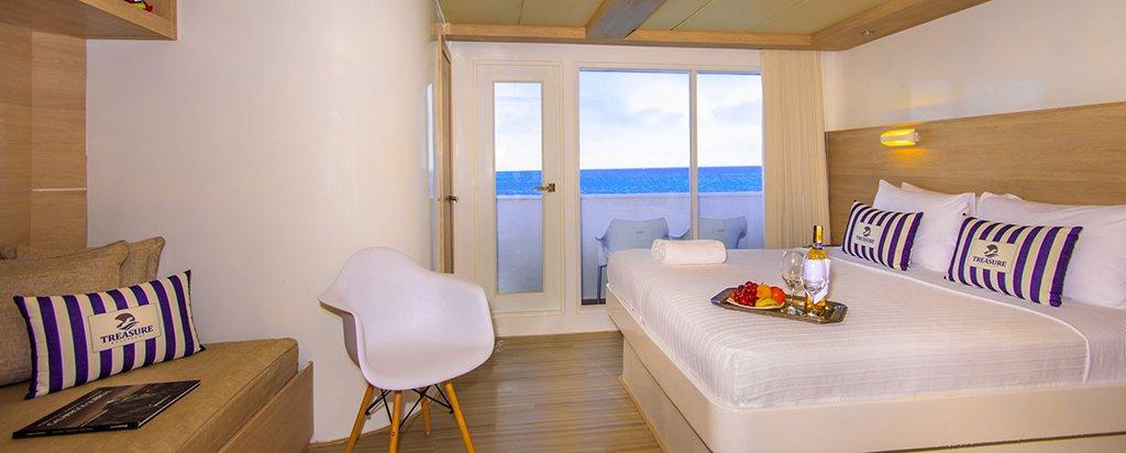 Galapagos Treasure Catamaran Balcony Couple Cabin