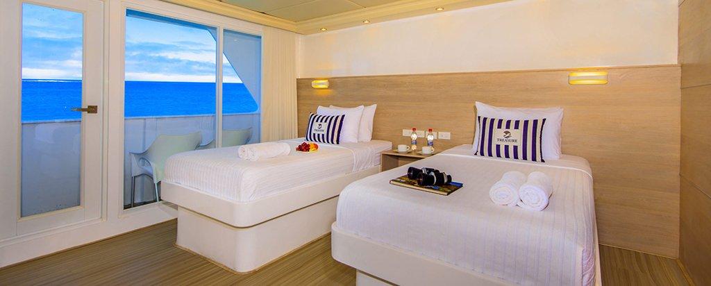 Galapagos Treasure Catamaran Balcony Twin Cabin