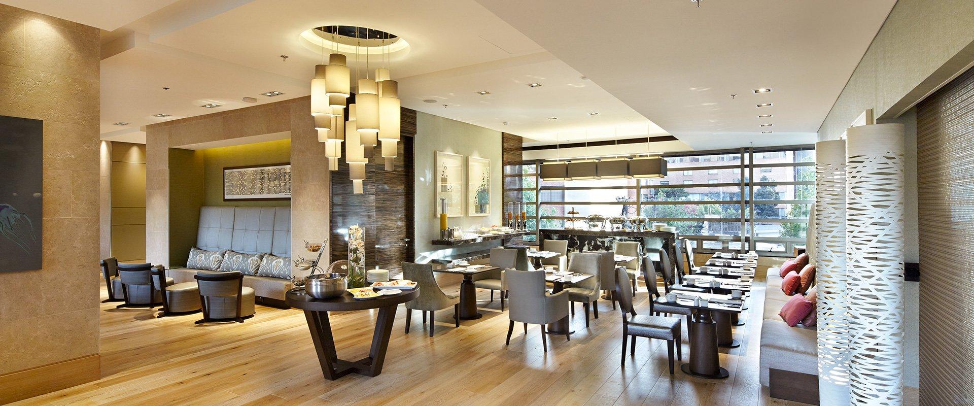 Ek hotel restaurant