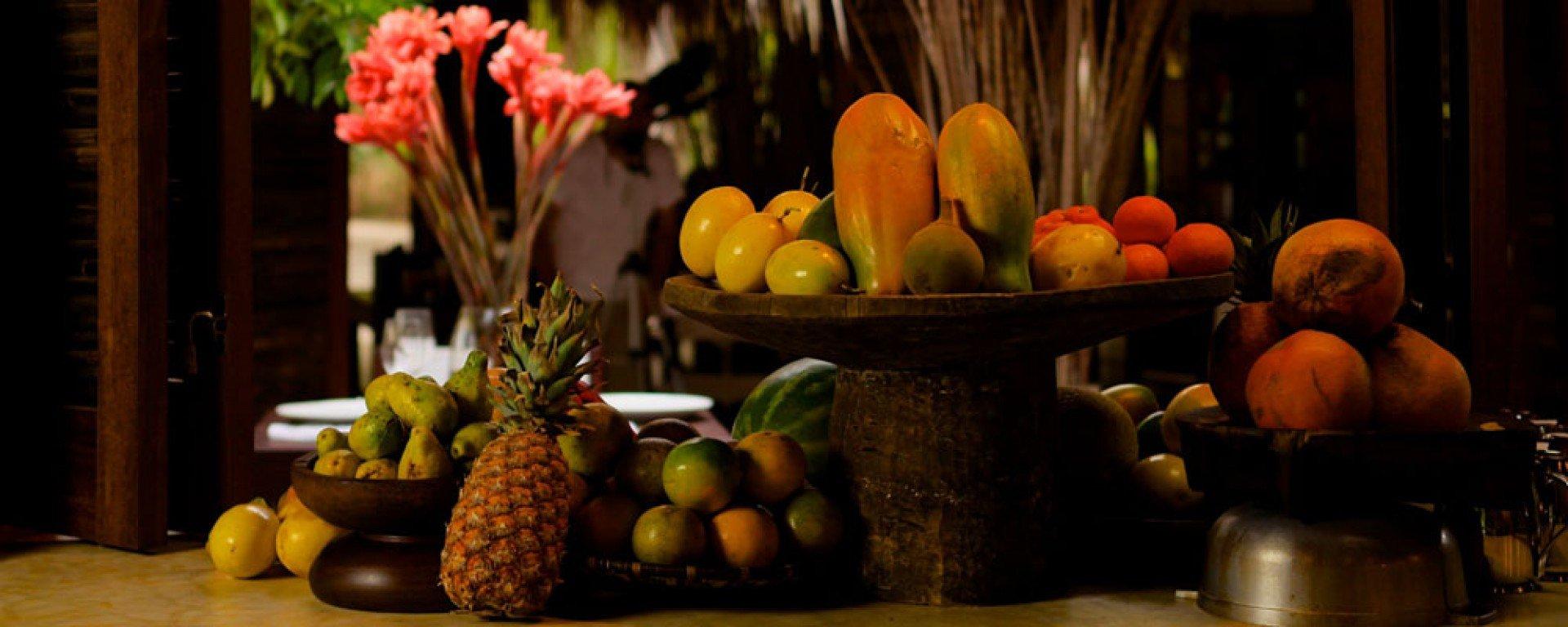 Merecumbe hotel fruit station
