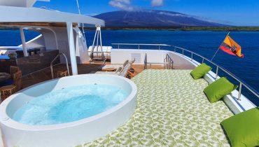 ELITE Sky deck Passengers Lounge (4)